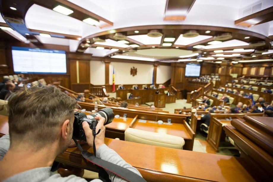 (live) UPDATE. PDM va susține moțiunea de cenzură înaintată guvernului Sandu