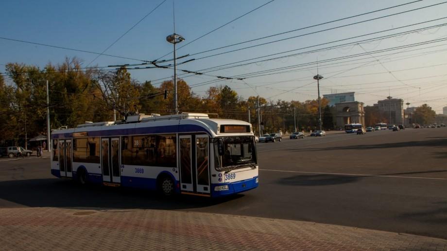 Atenție! Începând cu ora 21.00, troleibuzele nu vor circula pe o porțiune de pe bulevardul Ștefan cel Mare și Sfânt