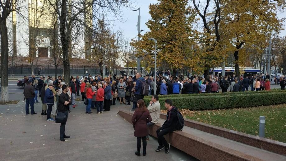 Blocul ACUM invită cetățenii la un miting pașnic în fața Parlamentului, în susținerea guvernul Sandu