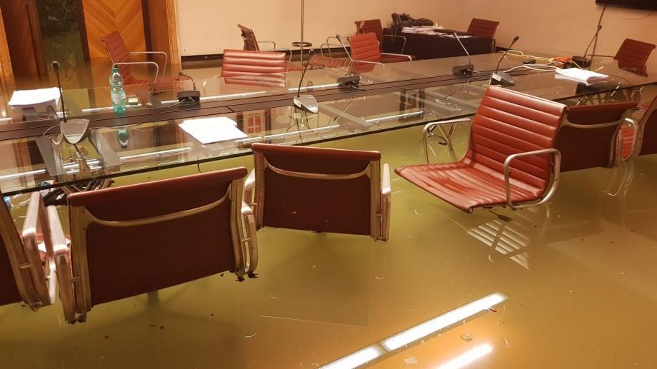 Ironia Sorții. Consiliul din Veneția a fost inundat la două minute după ce a respins măsurile pentru schimbarea climatică