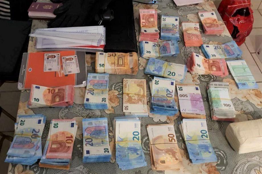 Doi cetățeni moldoveni sunt acuzați că au prejudiciat bugetul Franței cu aproape 3 milioane de euro