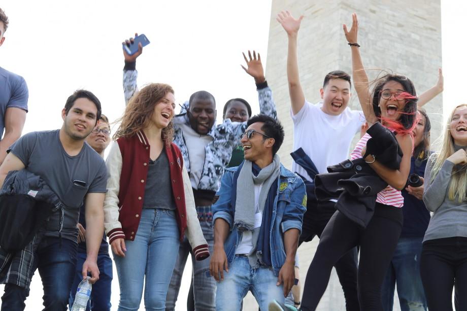Câștigă bursa UGRAD și studiază gratuit timp de un semestru în SUA. Cum te poți înscrie în program