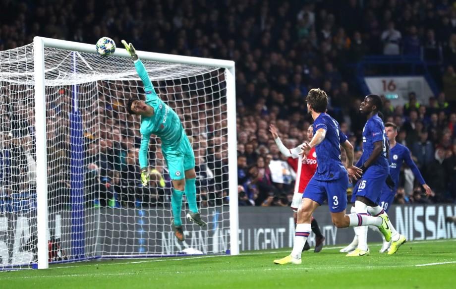 (video) Rezumate Champions League 5.11.2019: Meci cu de toate pe Stamford Bridge – două roșii, două penaltiuri și opt goluri