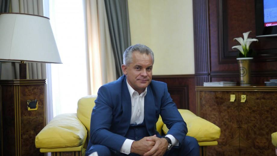 """(doc) Igor Dodon nu va retrage """"Ordinul Republicii"""" de la Plahotniuc: """"Nu are temei juridic"""""""