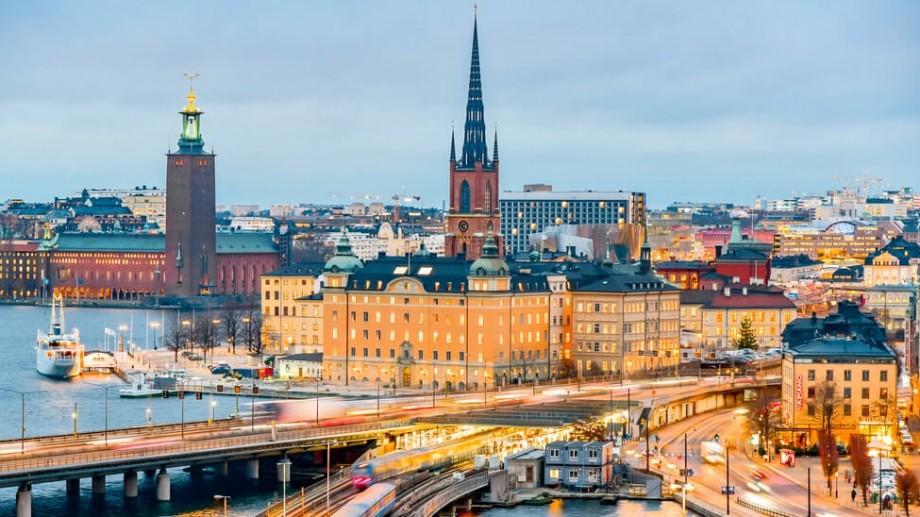 Vrei să-ți faci studiile de masterat în Suedia? Cum poți depune dosarul la universitate și obține o bursă