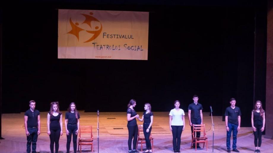 Educația sexuală și alte subiecte tabu vor fi prezentate într-o serie de spectacole la Festivalul Național de Teatru Social