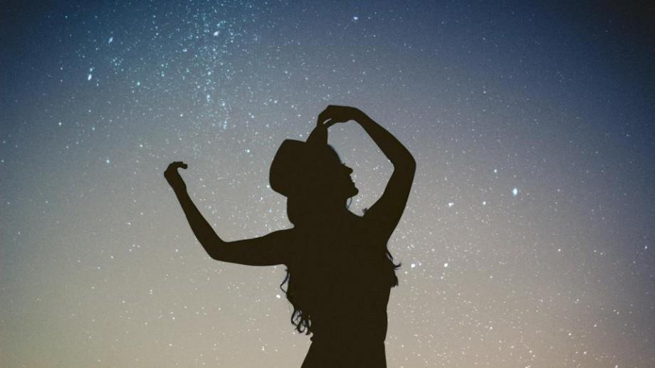 Carla's Dreams are concert gratuit, iar la Poșta Veche vor fi meteoriți! Zece evenimente care-ți vor colora ziua de joi