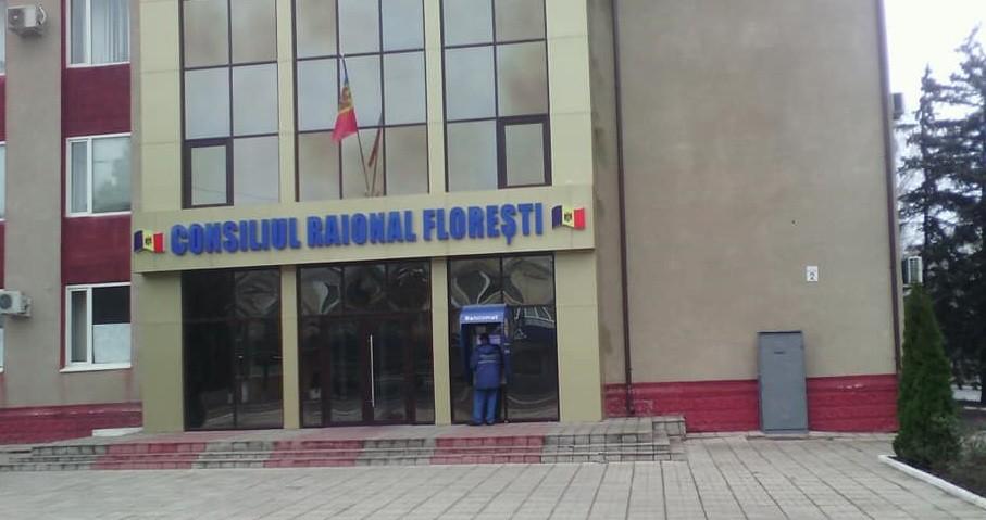 Președintele socialiștilor din raionul Florești, care a participat la ședința consiliului raional din Drochia, a fost exclus astăzi din partid