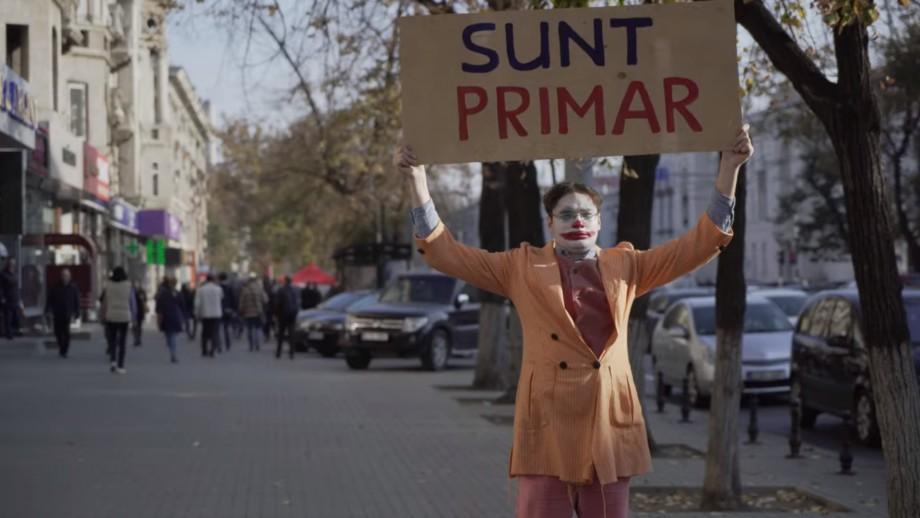 (video) Cum Dorin Chirtoacă s-a transformat în Joker. Vezi parodia realizată de #Zerodoi