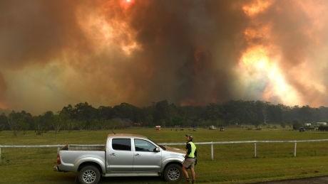 """(video) Incendii masive în Australia. """"Fumul va traversa oceanul și va ajunge în America de Sud"""""""