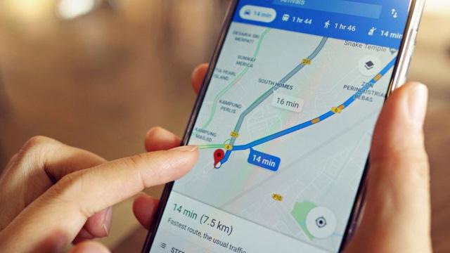 Google Maps va putea traduce discuții cu străinii. Ce noutăți mai prevede această aplicație
