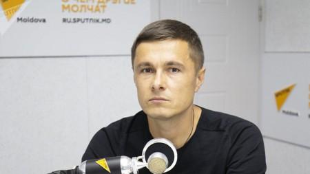 (doc) Protestul tinerilor de la Codreanca a convins Primăria să oprească construcția ilegală
