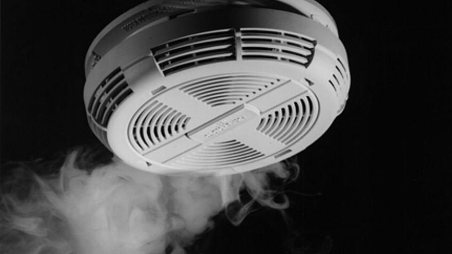Peste 100 de detectoare de fum au fost instalate în mai multe locuințe din țară