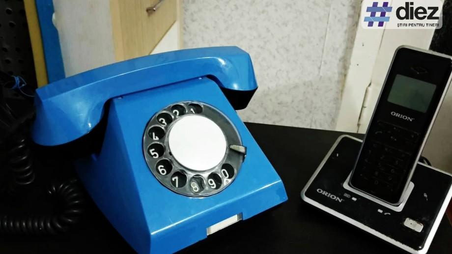 """""""Alo, ești acasă?"""". 13 amintiri din epoca telefoanelor fixe sau cum era viața convorbirilor legate printr-un fir"""