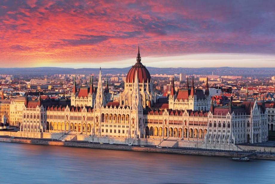 """Au început înscrierile la programul de burse """"Stipendium Hungaricum"""" oferite de statul ungar. Cum poți depune dosarul"""