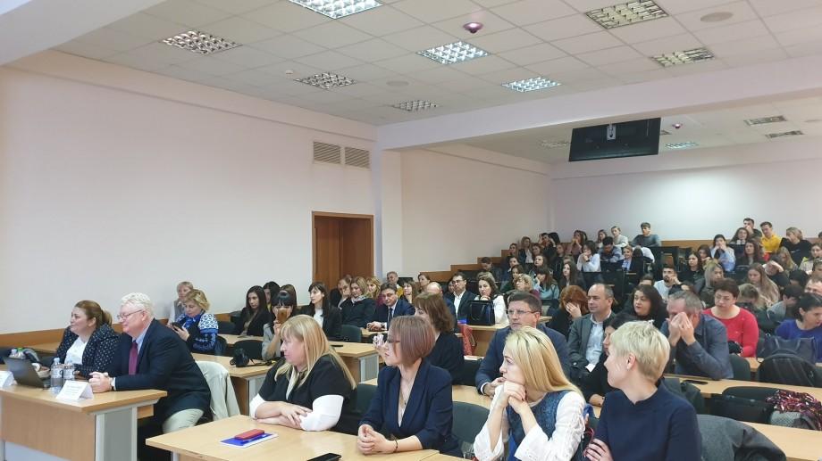 EBA, ASEM și Victoriabank oferă pentru 50 de tineri oportunități de studii practice în domeniul managementului bancar