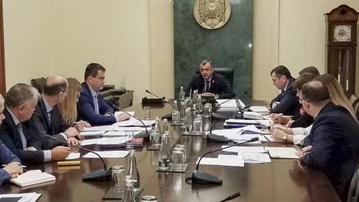 Ședința de sâmbătă a guvernului. De ce Chicu a adunat reprezentanții a patru ministere