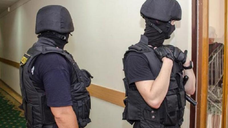 Noi percheziții în dosarul furtului miliardului. Este vizat un fost guvernator al Băncii Naționale a Moldovei