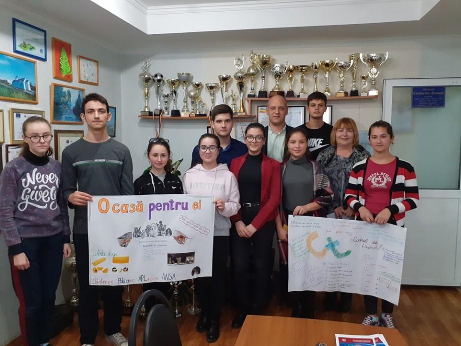 Un grup de tineri din raionul Cantemir a devenit promotor al campaniilor de advocacy în regiune