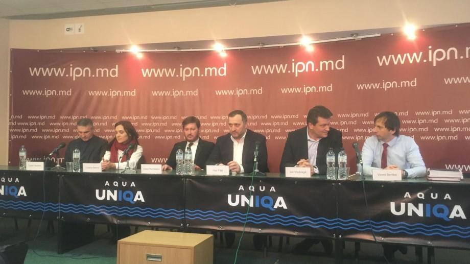 """(video) Privește live conferința de presă a lui Vlad Filat. """"Nici Maia Sandu, nici Igor Dodon nu m-a eliberat. Asta a făcut-o legea"""""""