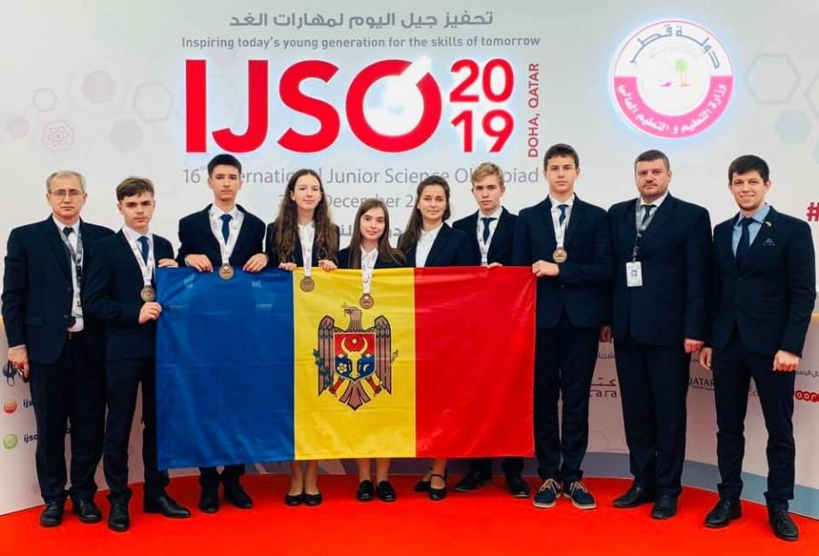 Elevii din Moldova aduc acasă șase medalii de la Olimpiada Internaţională de Ştiinţe pentru Juniori