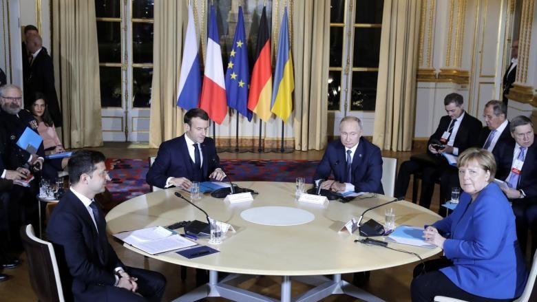 Putin și Zelenski au convenit asupra armistițiului total în estul Ucrainei și posibil statut special pentru regiune