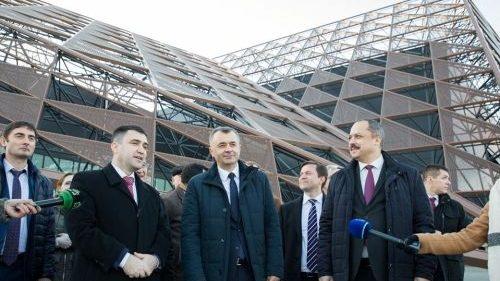 """Chicu numește """"Chișinău Arena"""" drept un exemplu de calitate în organizarea și realizarea lucrărilor"""