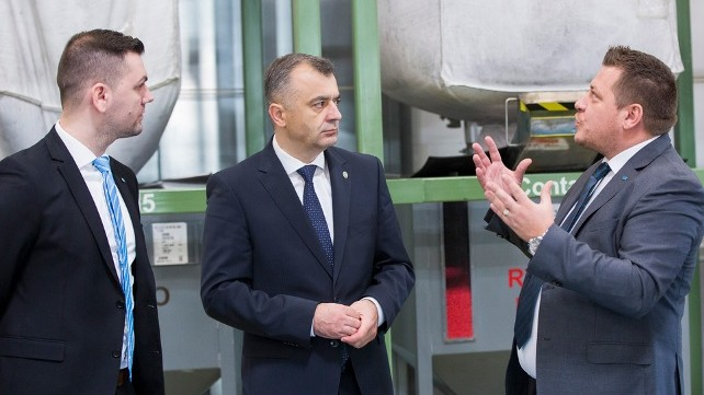 În vizită la cel mai mare investitor în ZEL Bălți, Dräxlmaier, Chicu a spus că vrea să creeze oportunități pentru a atrage investitori
