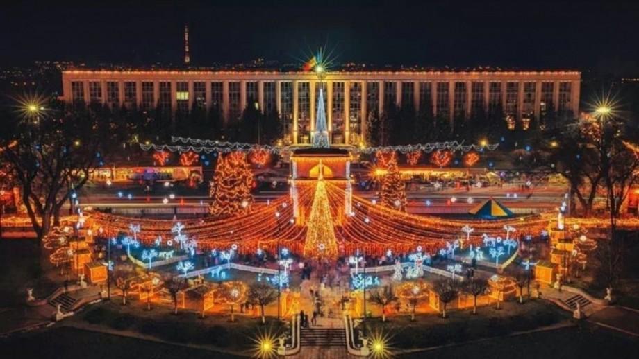Pomi de Crăciun în fiecare sector și concerte pe durata sărbătorilor de iarnă. Programul evenimentelor 2019/2020