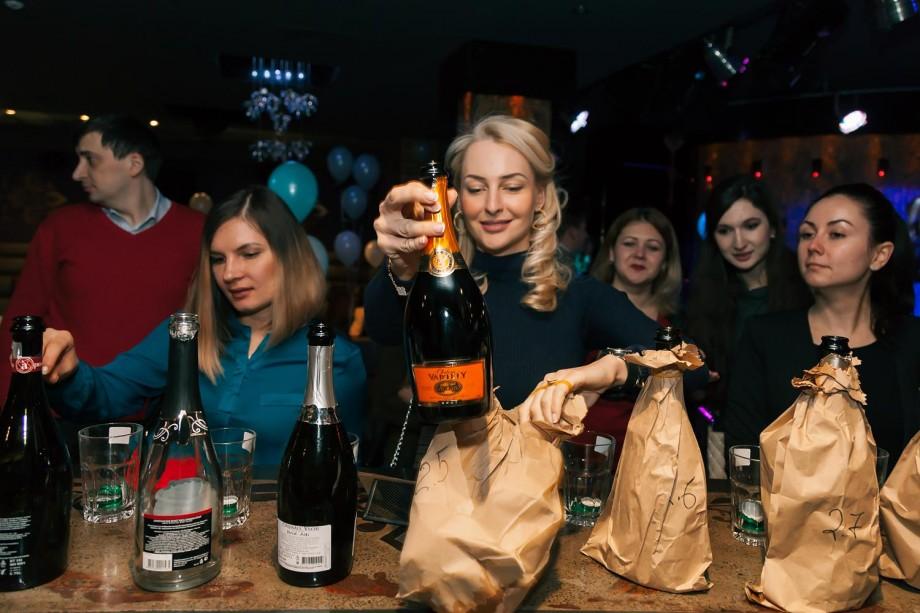 Ai ales deja spumantul pentru revelion? Vino la Drink Local Sparkling Party și degustă noutățile în materie spumante