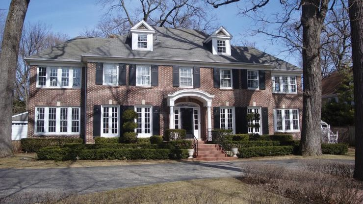 """(foto, video) Cum arată casa în care s-a filmat """"Home Alone"""". O să te apuce nostalgia"""