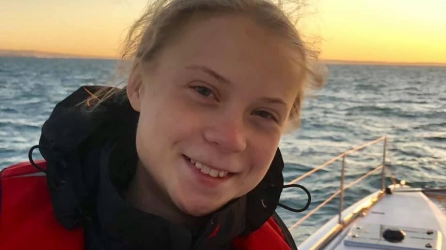 (foto) Greta Thunberg a ajuns la Lisabona după ce în urmă cu trei săptămâni a plecat din SUA la bordul unui catamaran