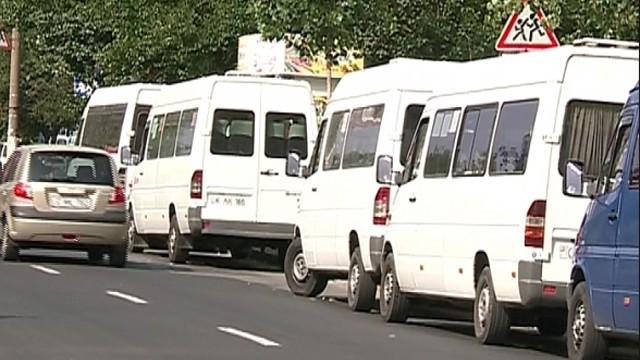 (doc) Transportatorii de pasageri insistă pe mărirea prețurilor pentru călătorii și anunță o nouă grevă