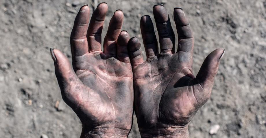 Sclavia nu aparține trecutului. Care sunt formele moderne de exploatare și câte victime sunt înregistrate anual