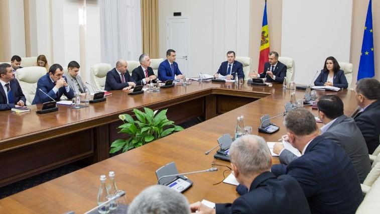 Președinții de raioane sunt chemați de către prim-ministru spre o conlucrare eficientă în soluționarea problemelor țării