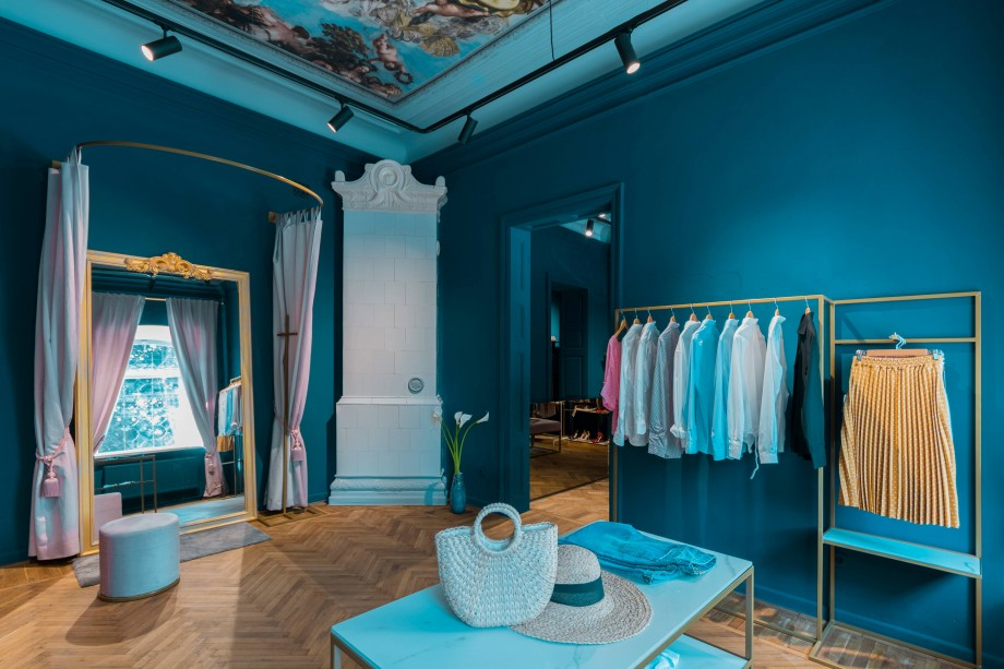 (foto) FLO – the House of Fashion: Un design interior cu note de rafinament secular