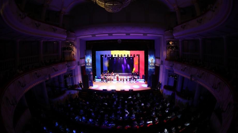 (foto) Seară de neuitat, cu muzică bună şi oameni de vază. TVR Moldova a premiat performanţa personalităţilor care activează în beneficiul societăţii