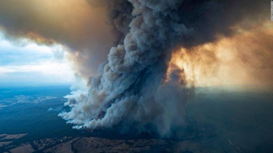 (video) Incendiile din Australia ar putea afecta și Moldova. Fumul a parcurs deja peste șase mii de kilometri