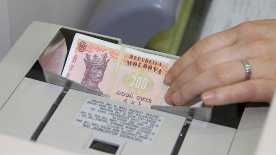 """""""În ultimii trei ani populația s-a îndatorat la bănci cu 7,5 miliarde de lei."""" BNM a lansat o campanie de informare despre serviciile financiare"""