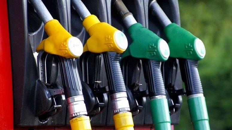 """ANRE, despre majorarea prețurilor carburanților: """"Companiile petroliere stabilesc și modifică de sine stătător prețurile de comercializare"""""""