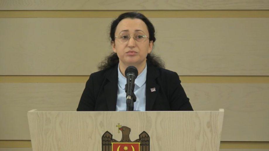 """(video) Inga Grigoriu a anunțat că fracțiunea Platforma DA inițiază crearea comisiei parlamentare """"Landromat"""""""