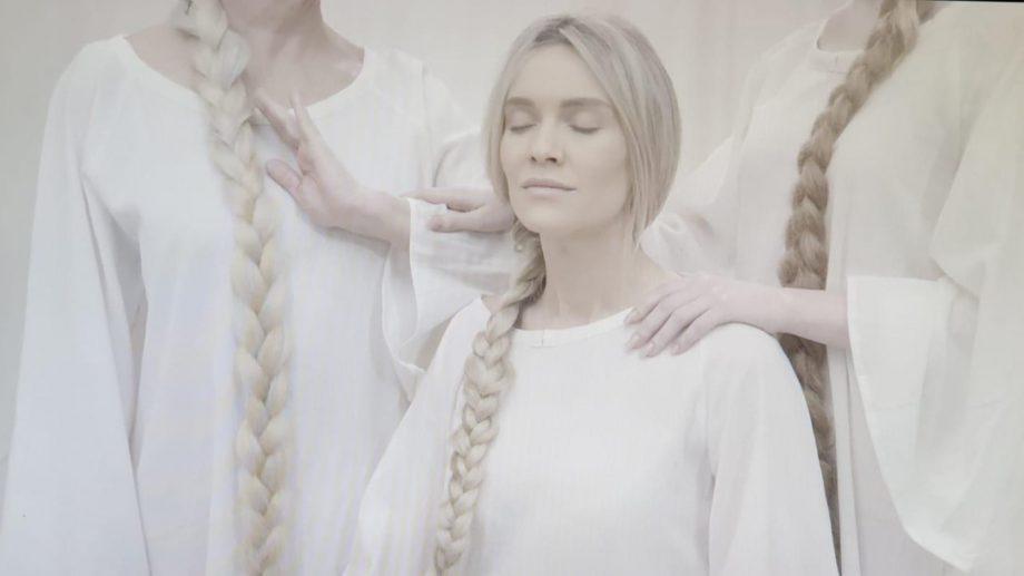 """(video) Olia Tira și regizoarea Alla Donțu te invită, în acest weekend, la premiera spectacolului muzical """"Кто Я"""""""