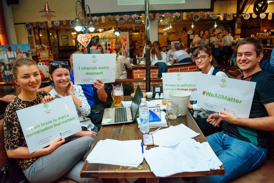 (foto) Quiz de Caritate organizat de Ambasada Marii Britanii în Moldova. Testează-ți cunoștințele pentru un scop nobil