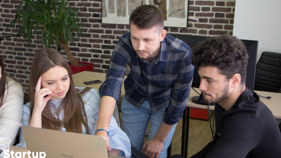 """Programul """"Startup Academy"""", dedicat antreprenoriatului IT, revine cu o nouă ediție. Cum te înregistrezi"""