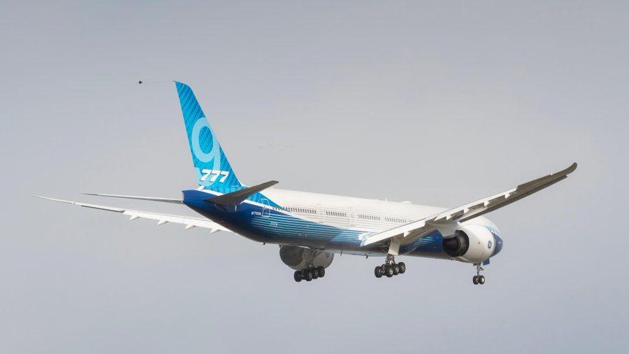 (video) Boeing a efectuat cu succes primul zbor al celui mai mare avion de pasageri