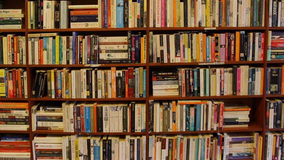 Lista serviciilor gratuite de care poți beneficia într-o bibliotecă publică