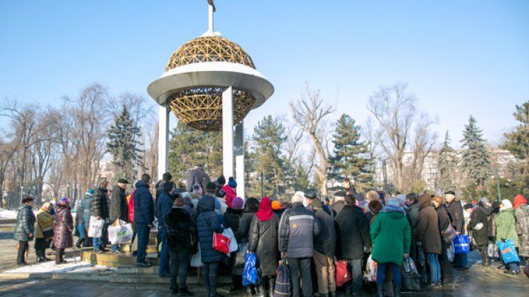 Creștinii ortodocși marchează astăzi Ajunul Bobotezei. În biserici se face Agheasma Mare