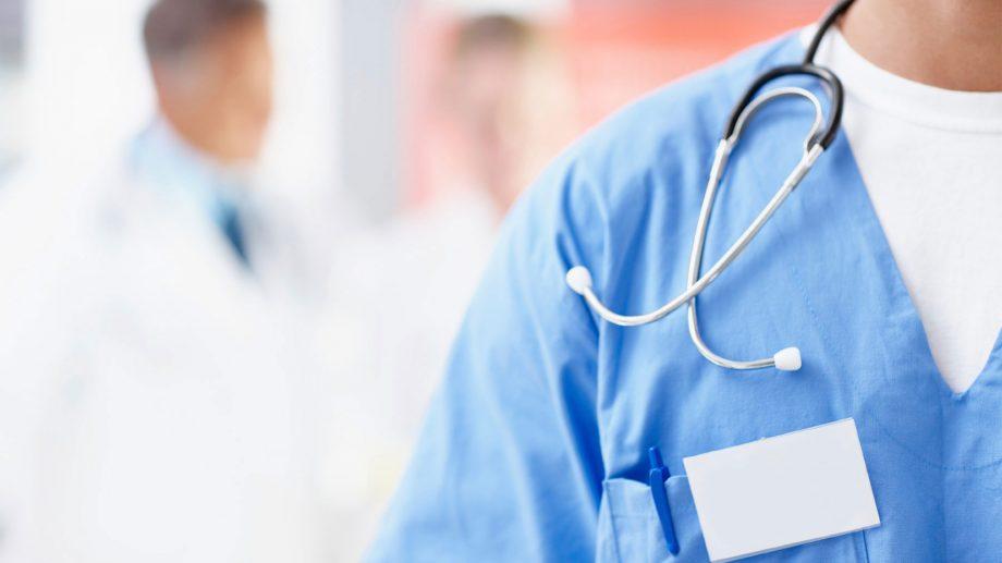 (doc) Începând cu 1 aprilie 2020, medicii vor fi remunerați cu 10 % mai mult. Ce salarii vor primi specialiștii