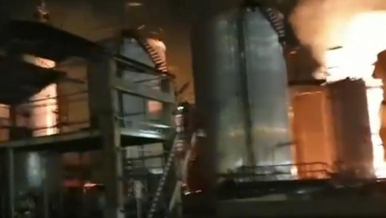 (video) Alertă chimică în Spania, după explozia unei uzine. Cel puțin un om a murit, iar alți șase au fost răniți