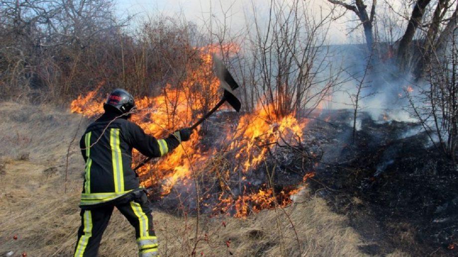 Din cauza vântului puternic, pe teritoriul țării au fost înregistrate mai multe incendii de vegetație